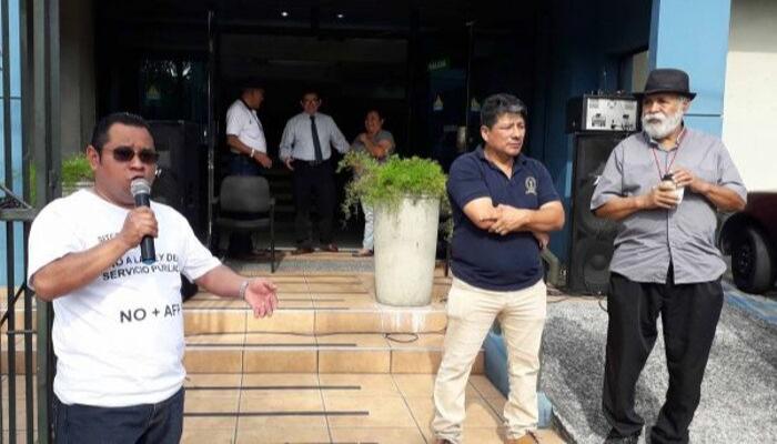 Sindicalistas lamentan que diputados dejen acéfala la PDDH