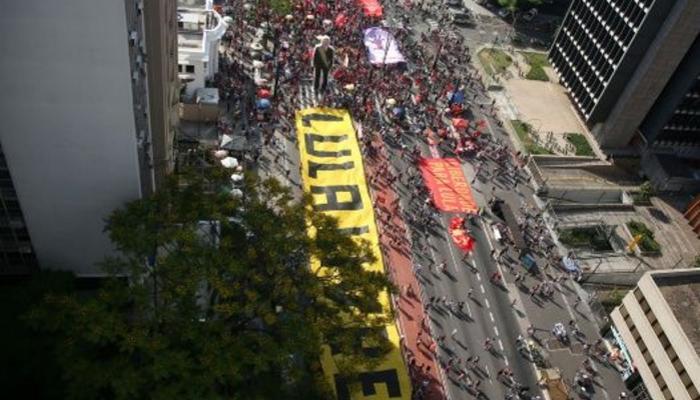 Recolectan en Cuba firmas por la libertad inmediata de Lula
