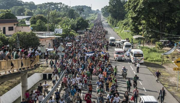 Organizaciones defensoras de derechos humanos denuncian represión a migrantes de nueva caravana