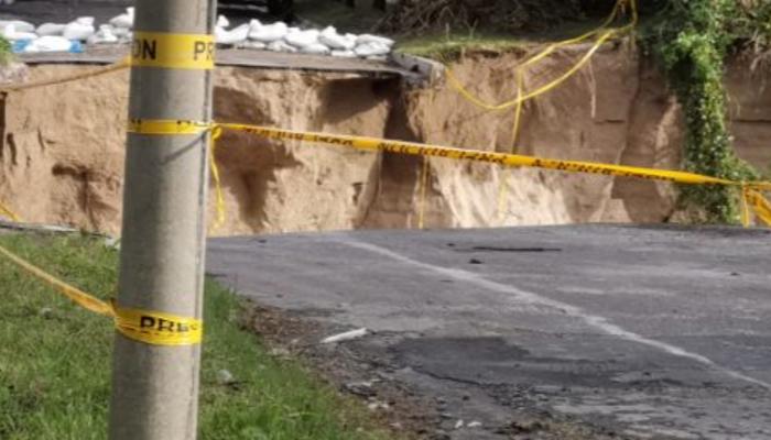 Alerta roja continúa vigente en la zona de la cárcava de La Santa Lucía