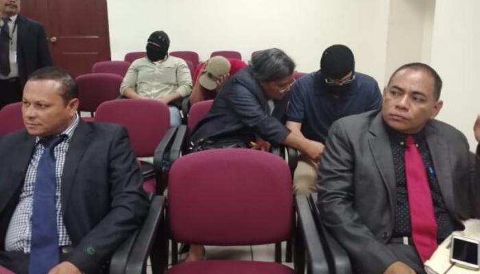 Suspenden por segunda vez la audiencia preliminar del caso de la agente Carla Ayala a petición de la defensa