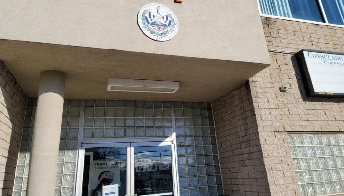 [Nota especial] Corrupción y acoso laboral en el consulado de Long Island